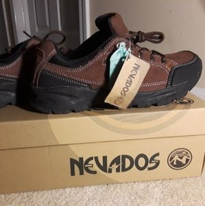 Nevados Shoes - Nevados running /hiking Sneakers