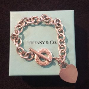 Tiffany & Co. Plain Heart Toggle Bracelet