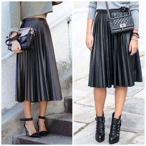 Trouve Skirts - Pleated leather midi skirt