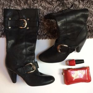 Double buckle boots
