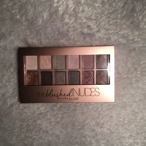 Blushed Nudes Pallete