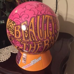 BENEFIT Collectors Container