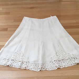 Off White Banana Republic Linen/lace skirt