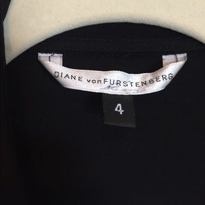 Diane Von Furstenberg DVF Black wrap dress size 4