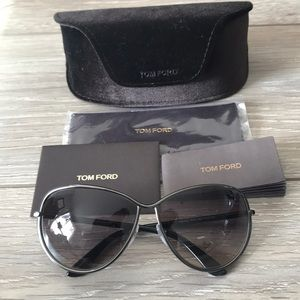 Never worn authentic Tom Ford sunglasses