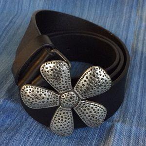 Silpada black leather belt with flower