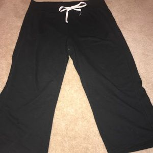 Hanes crop sweat pants