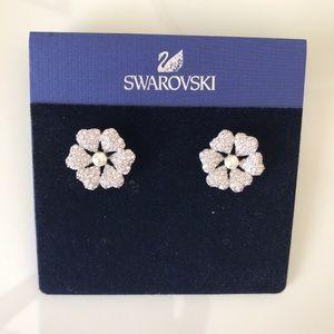 Swarovski flower studs