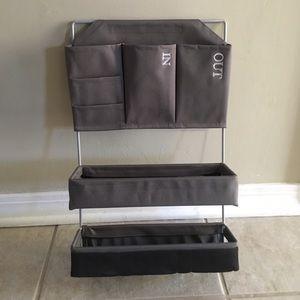 Accessories - Wall mount mail organizer