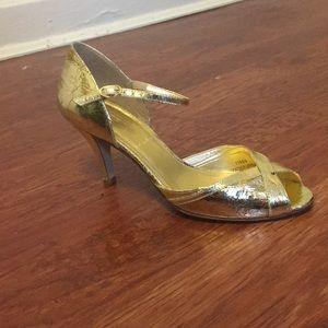 Crackle-metallic Gold Peep-toe Heels