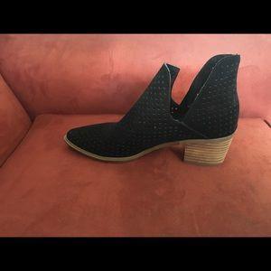 Steven by Steve Madden —Danese ankle boot