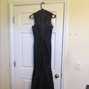 Size 4 Black Dress Xscape