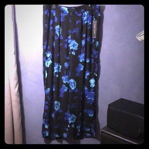 NWT Larry Levine blue floral pants