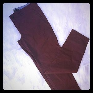 BANANA REPUBLIC MAROON TROUSERS/PANTS