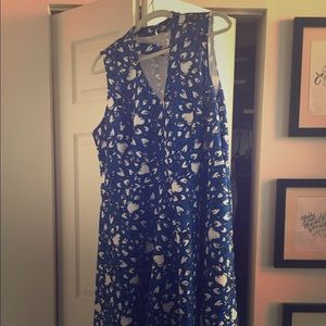 Blue patterned dress, cutout neckline, size 22