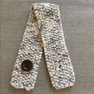 Fossil crochet scarf