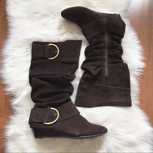 White Mountain Suede Slouch Wedge Boots