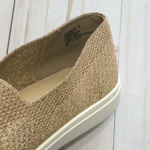 4f3b4119f13 Steve Madden Shoes - Steve Madden Frankel slip on flats gold metallic