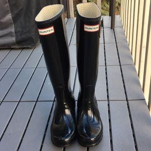 Hunter boots tall glossy black 5