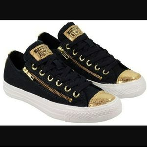 CONVERSE Side Zip Metallic Sparkle Low Top Sneaker