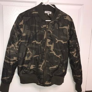 Charlotte Russe Camouflage/Camo Bomber Jacket!💚🖤
