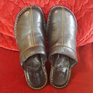 Born leather shoes size 7