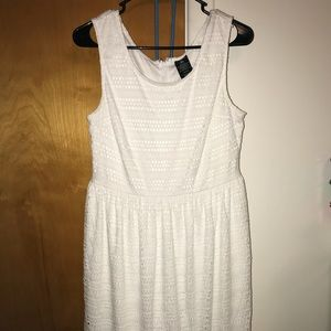 Clearance ❗️Faded Glory White Dress Size Large ❤️