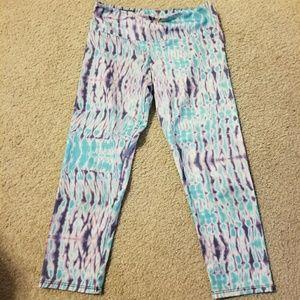 Onzie crop leggings