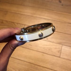 💯Henri Bendel Oval Bangle Bracelet