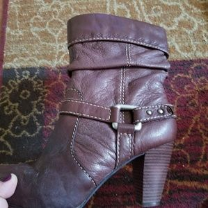 Fossil boots