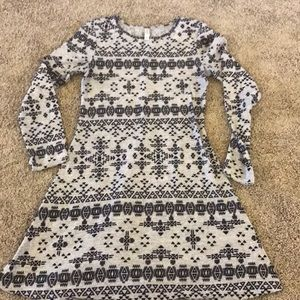 Adorable light weight sweater dress