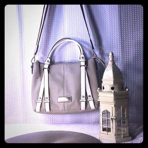 Jessica Simpson super cute handbag 👜