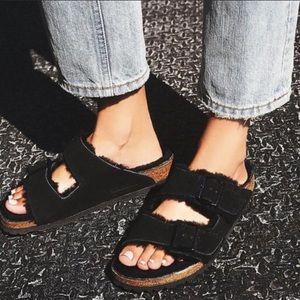 NWOT Birkenstock // Arizona Shearling Sandal