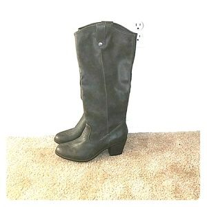 Shoes - Gray tall boots western nwot