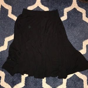H and M - black mid-length skirt