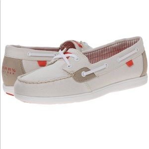 In box Sperry Shore Sider shoes