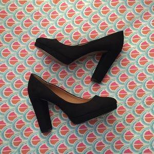 H&M faux Suede Black High Heels Size 41 / 9.5