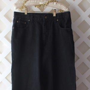 Ladies  Eddie Bauer Black Jeans Size 14 Tall