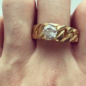 Vintage Men's 18K gold ring with faux CZ diamond