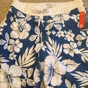 Brand new board shorts size large