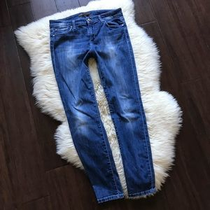Joes Jeans The Skinny Ankle Laurel Distressed 29