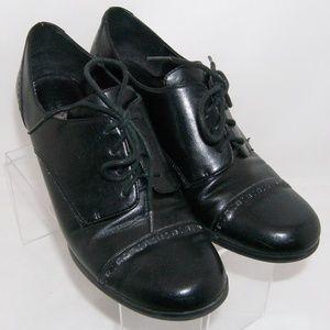 Etienne Aigner 'Nassa' leather lace up oxfords 8M
