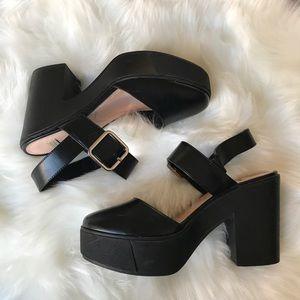 Zara Trafaluc closed toe platform heels