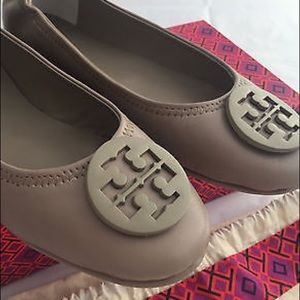 Tory Burch Minnie Travel Flats in Size 6.5