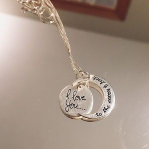 Jewelry - Cute love necklace