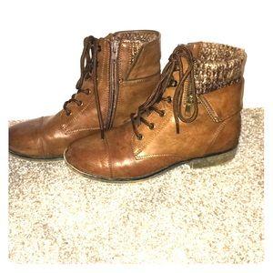 Brown tie up & zip up boots