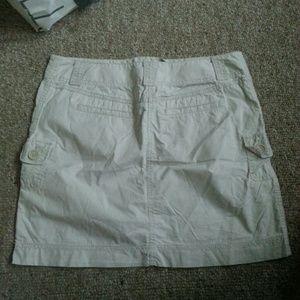 Light colored khaki old navy skirt