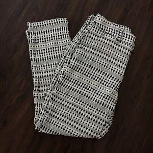 Merona black and white pants size 4