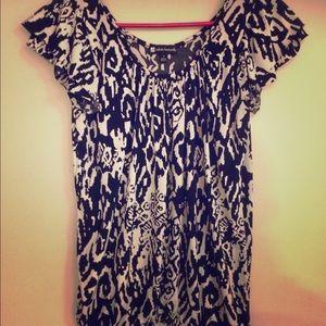 🆕Flowy Blouse black & white