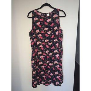 NWT Printed Navy Sleeveless Swing Dress Large